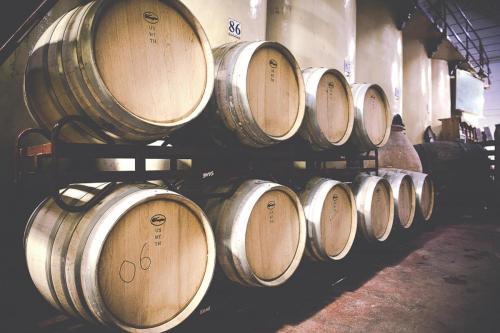 Imagen de barricas de vino
